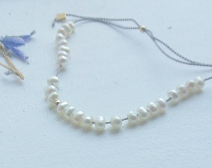 Pearl bracelet, June birthday gift for her, simple pearl jewelry