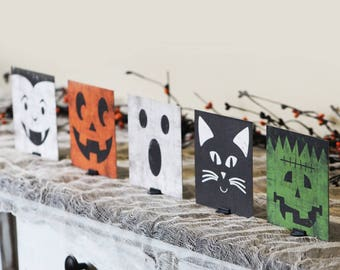 Halloween Decor - Halloween Mantle Decor - Halloween Sign - Halloween Decorations - Halloween Characters - Halloween Table Decor -Home Decor
