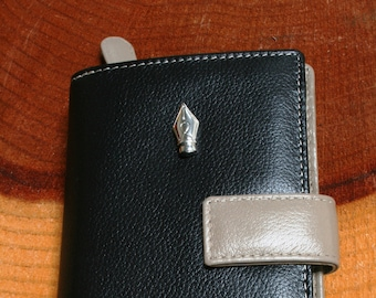 Pen Nib Writer Gift Design Leather Purse with Zipped Compartments RFID Protected Ladies Gift 455