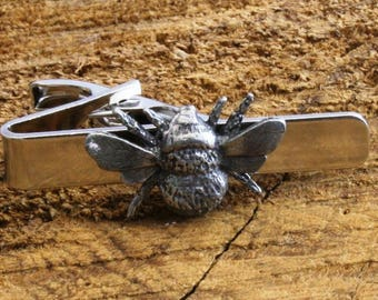 Bumble Bee on Silver Leather Tie Clip