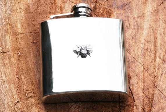 Boxing Hares Design BNIB Great Gift Stainless Steel 6oz Hip Flask