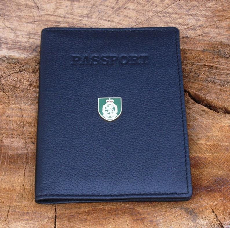 WRAC Leather Purse with Zipped Pocket RFID Safe BKG52