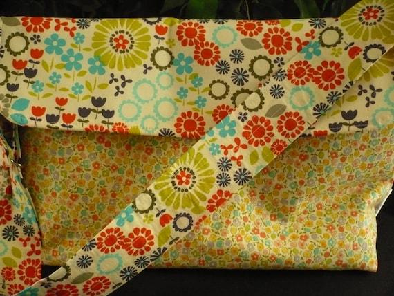 Multi-color Floral Adjustable Flappy Diaper Bag