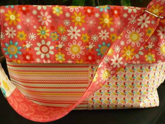 Daisy Pink & Striped Adjustable Flappy Diaper Bag
