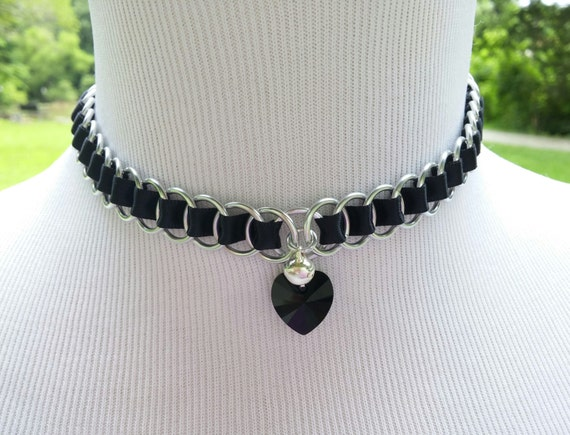 Discreet Ribbon Maille Submissive Day Collar with Black Swarovski Crystal Heart Pendant and Bell, DDLG, Baby Girl