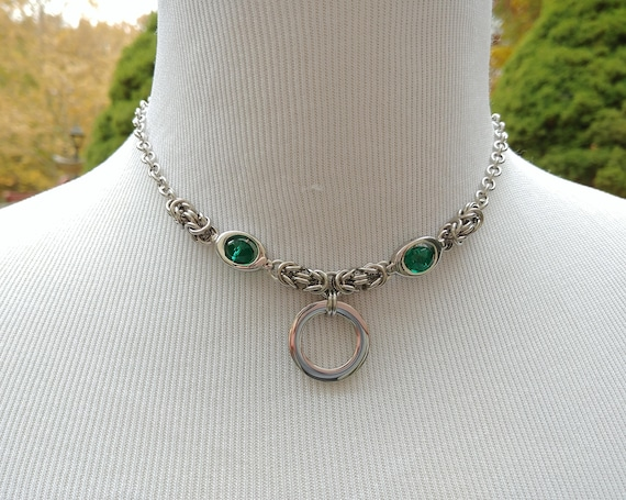 24/7 Wear Discreet Symbolic O Ring Day Collar Necklace, BDSM Submissive Slave Collar, Stainless Steel Chain/Maille Collar with Green Bead