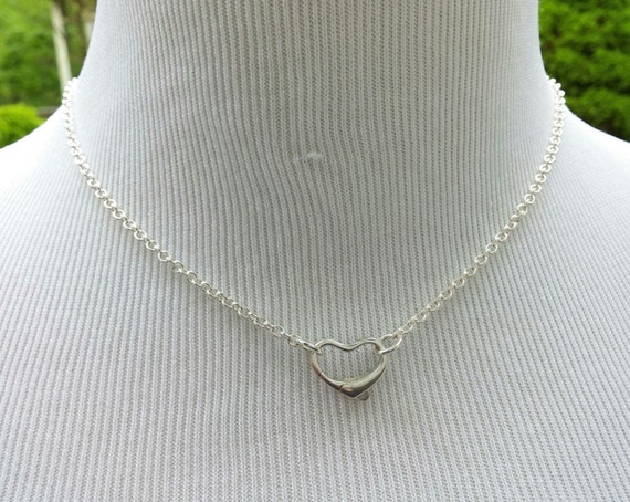 Petite 925 Sterling Silver Discreet Submissive Necklace with Small Floating Heart Clasp, BDSM lave Collar, DDLG