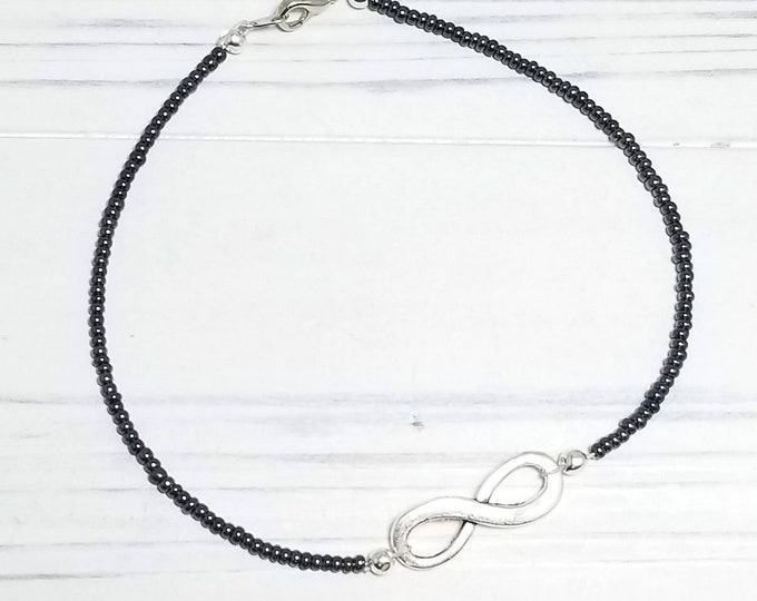 Infinity anklet for women in the color of your choice, infinity jewelry, dainty ankle bracelet, beach anklet
