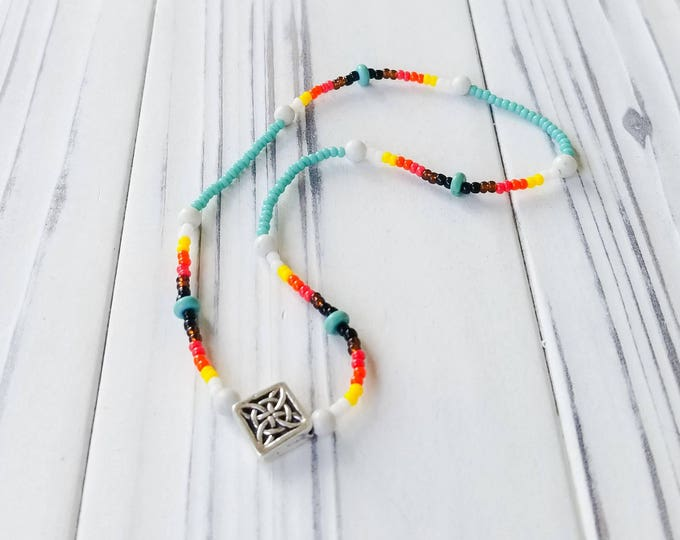 Beaded Native America Jewelry with Turquoise Beads.