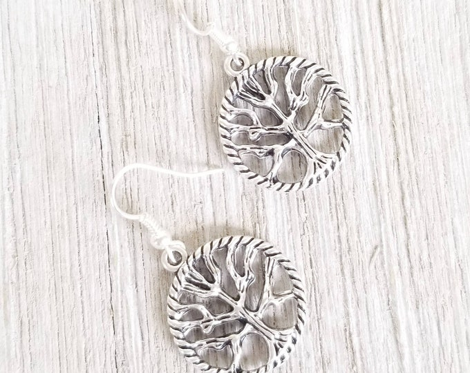Boho Disc Earrings, Drop Earrings for women, Tree of Life round earrings, Hippie Style Dangle Earrings, Boho Style Disc earrings