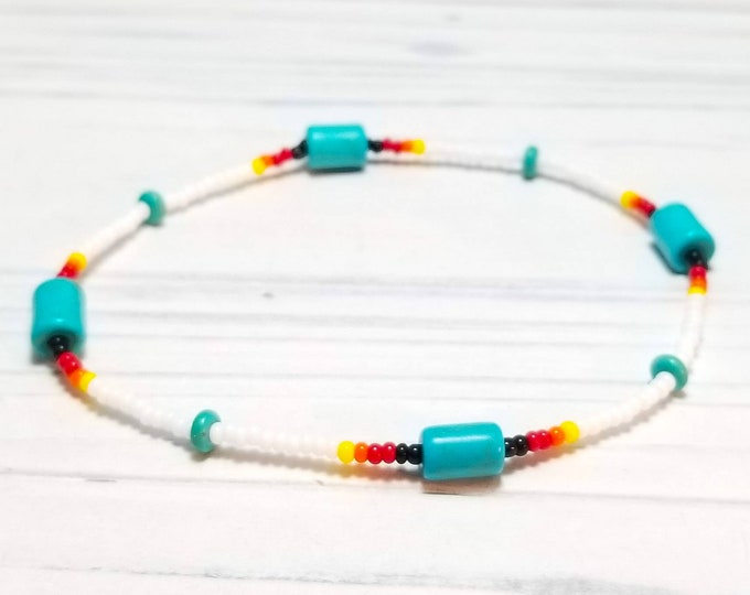 White Stretch Beaded Native American Womens Ankle Bracelet with Turquoise Beads and Czech Glass Seed Beads.