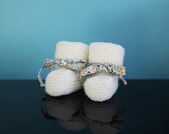 SIMONE - Chaussons de bébé en laine - tricot - taille de la naissance à 6 mois (21 coloris différents)