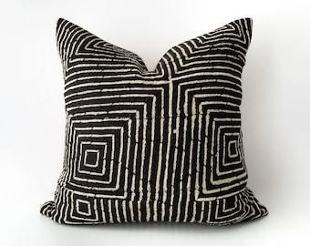 Authentic Mudcloth Pillow, Mali Bogolan, Black, Off-White, Cream, Intricate Modern Squares, Lines, Geometric