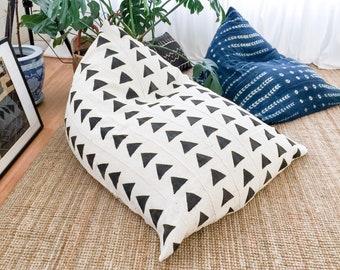 Authentic Mudcloth Boho Lounger®, Mudcloth Lounger, White, Cream, Black, Triangles, Geometric