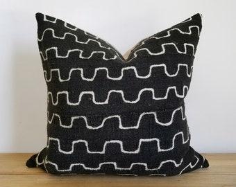Authentic Mudcloth Pillow, Mali Bogolan, Black, Off-White, Square Zig-zag, Lines, 20x20
