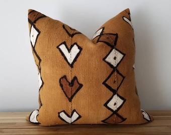 Authentic Mudcloth Pillow Cover, Caramel Brown, White, Cream, Brown, Hearts and Diamonds Design