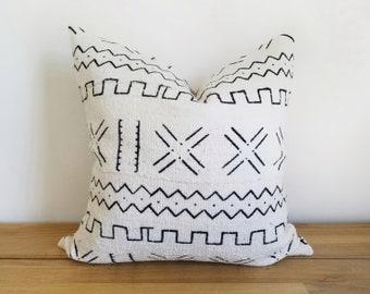 Mudcloth Pillow Cover, Ivory/Cream White, Multi-symbol, X, Zigzag, Geometric