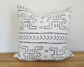 Authentic Mudcloth Pillow, Vintage Mali Bogolan Off-White/Cream Ground with Black Warrior, Geometric