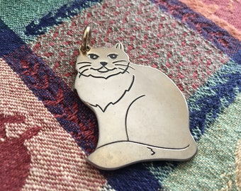 cat lover pendant French cat pendant silver tone metal Mid-Century pendant Vintage silver cat pendant kitty stylized cat pendant