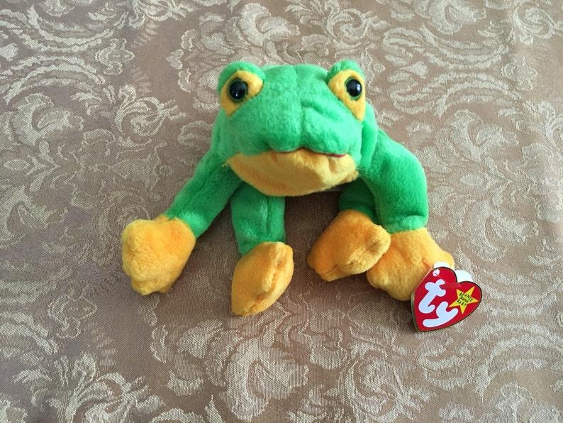 f146c2e4e6b Beanie Baby Ty Beanie Baby Smoochie the Frog Frog Plush