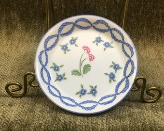 Taste Setter Sigma Floral Coaster, Romance Pattern, Gaie Levitis, Butter Pat, Trinket Dish, Blue on White with Pink and Blue Flowers, Japan