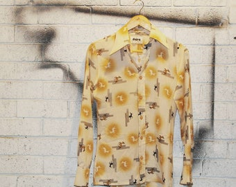 Vintage 1970s Long Sleeve Shirt by Daire with Deer Print size XS