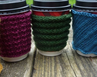 Knitting Pattern (UK) for 5 coffee cozies to fit takeaway coffee cup.  Double knitting, Full pattern tutorial - knit in the round or flat.