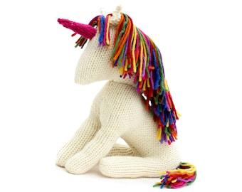 Unicorn Knitting Pattern (US Knitting terms) - Steiner Waldorf inspired toy unicorn pattern. Pony Knitting Pattern. Rainbow Unicorn.