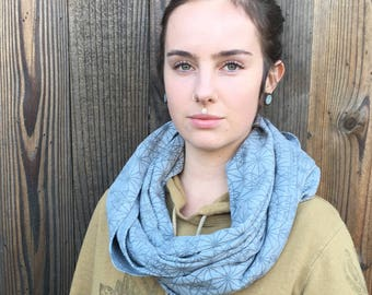 Infinity Scarf / Gray Organic cotton scarf / head wrap / long scarf / winter wear / cozy scarf / sacred geometry scarf / Vector equilibrium