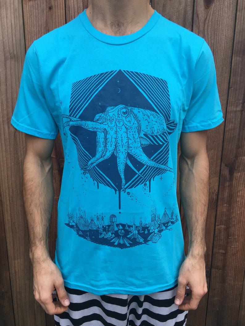 The Pharaoh Cuttlefish  Unisex Organic Tee Shirt / Cuttlefish image 0