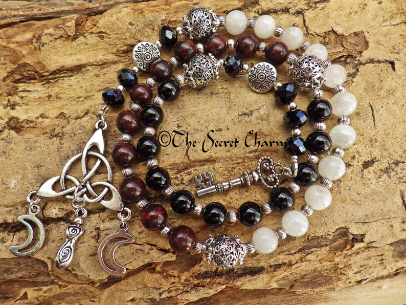 Hekate Pagan Prayer Beads, Hecate Witches' Ladder, Wiccan Gift, Meditation  Beads, Mala Beads, Worry Beads, Wiccan Rosary, Spell Casting