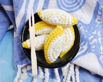 Crochet lemon slice, lemon wedge, - 1 piece - crochet fruit, play food, Montessori spielzeug, kinderküche, cuisine, kitchen, pretend play