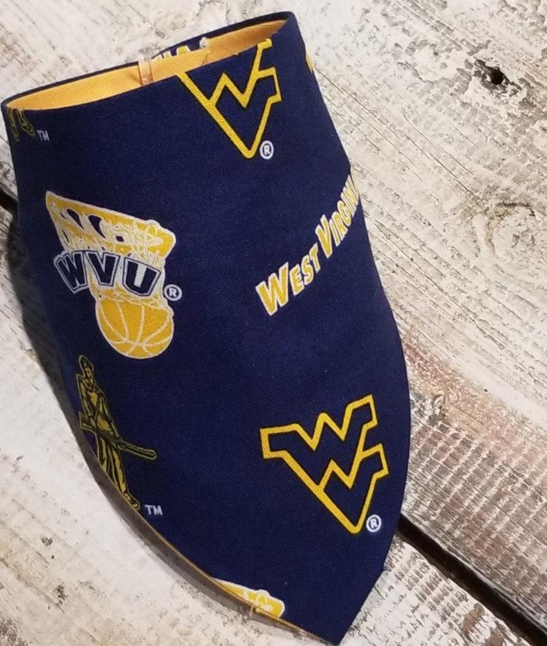 West Virginia dog cooling bandana