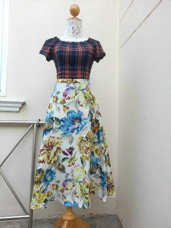 Norma Kamali Skirt - Vintage 80s White Floral Pri… - image 5