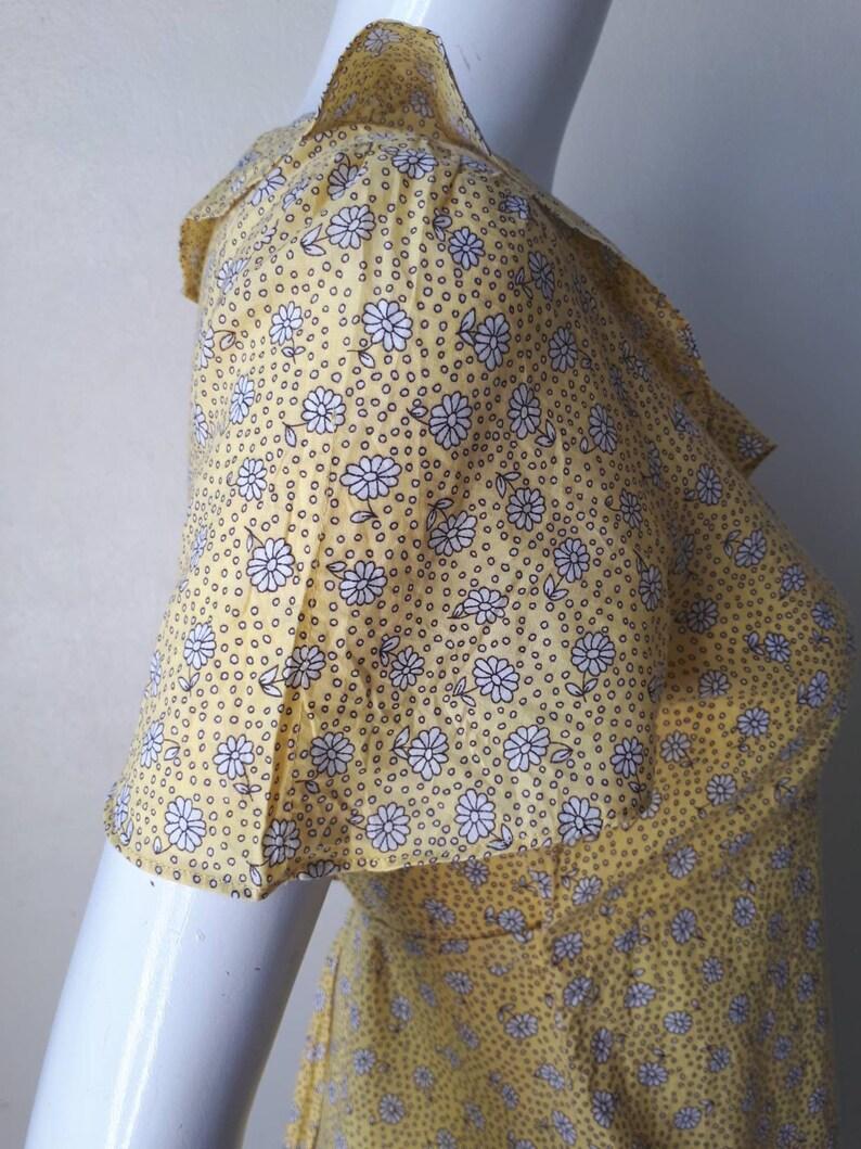 Floral Blouse Laura Ashley Size 9 Japan Medium