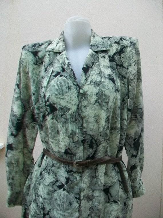 Gorgeous Vintage HANAE MORI PARIS Silk Black and W