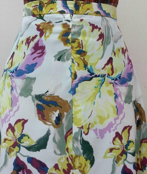 Norma Kamali Skirt - Vintage 80s White Floral Pri… - image 3