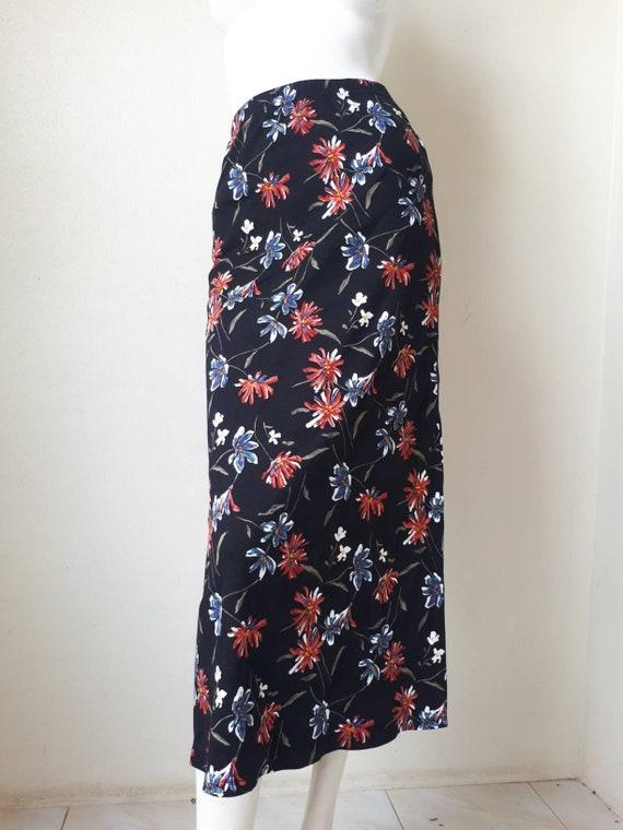 Norma Kamali Skirt - Vintage 80s Black Floral Pri… - image 2