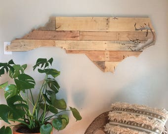 North Carolina State Sign | Reclaimed Wood | Pallet Sign | Home Decor | Wall Art | Rustic Decor | Barn wood |