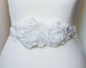 Ivory Rose Flower Belt Sash roses wedding accessories Three flowers Bridal For bride