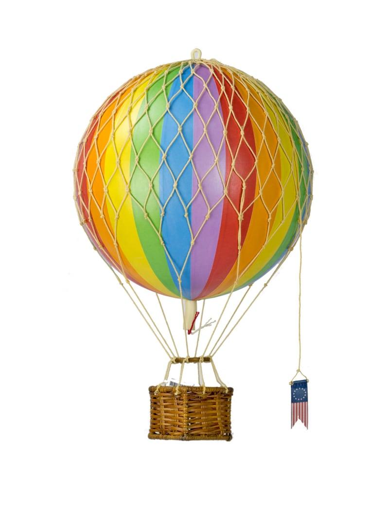 Hot air balloon mobile image 0