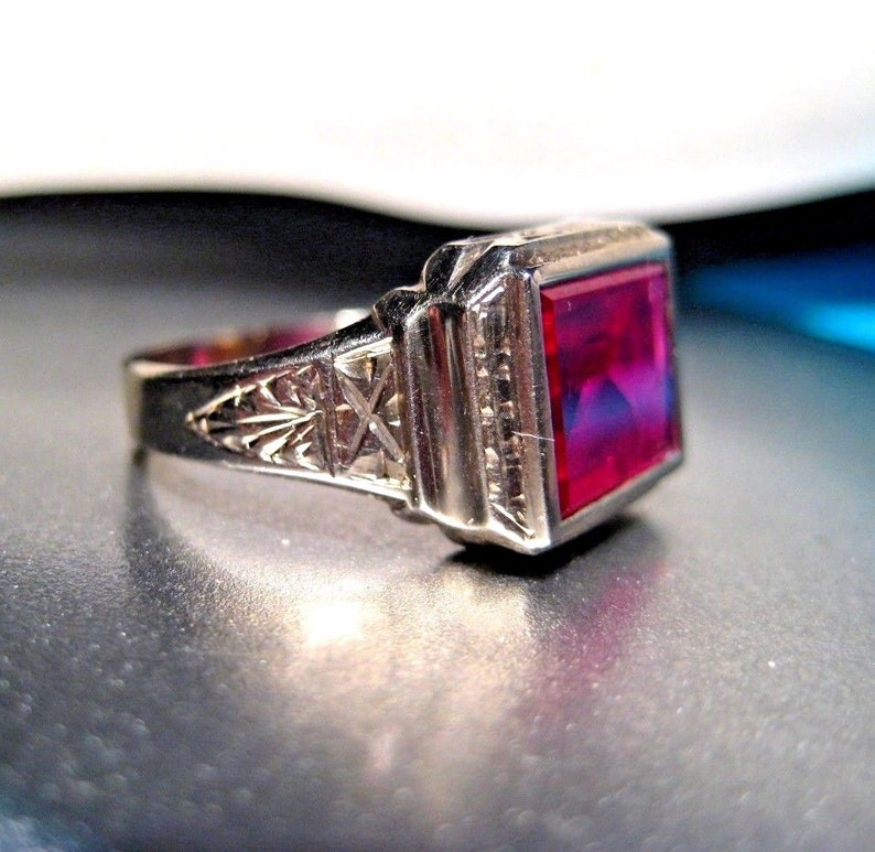 c9a537bd9ae4 Art Deco 14K White Gold Ring with Brilliant Red Inverted Glass