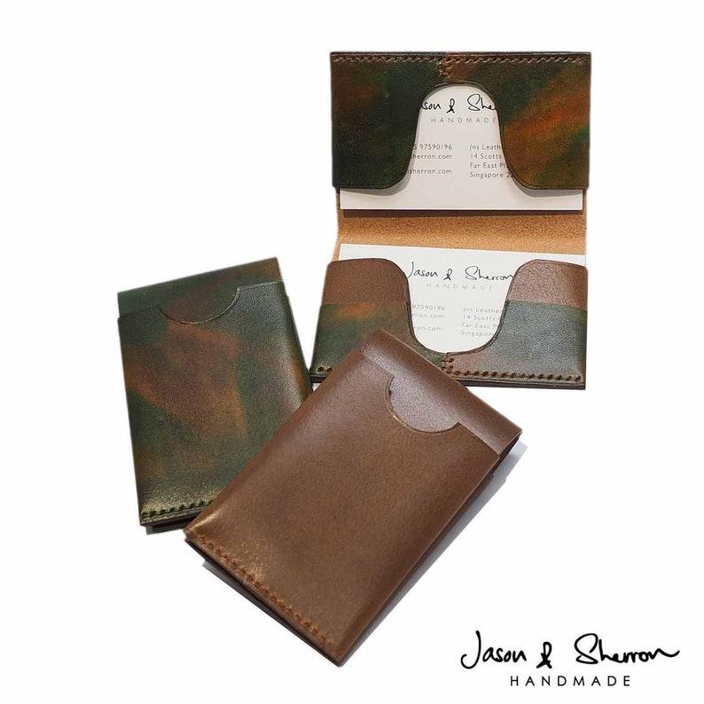 Brown Premium Leather Minimal Bi-fold Card Holder: 5.8 W x 1.4cm H x 9.1cm Camouflage L