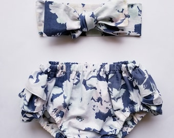 12-24M Baby Ruffled Bloomers, Baby Girl Bloomer, Ruffles, Vintage, Floral, Navy