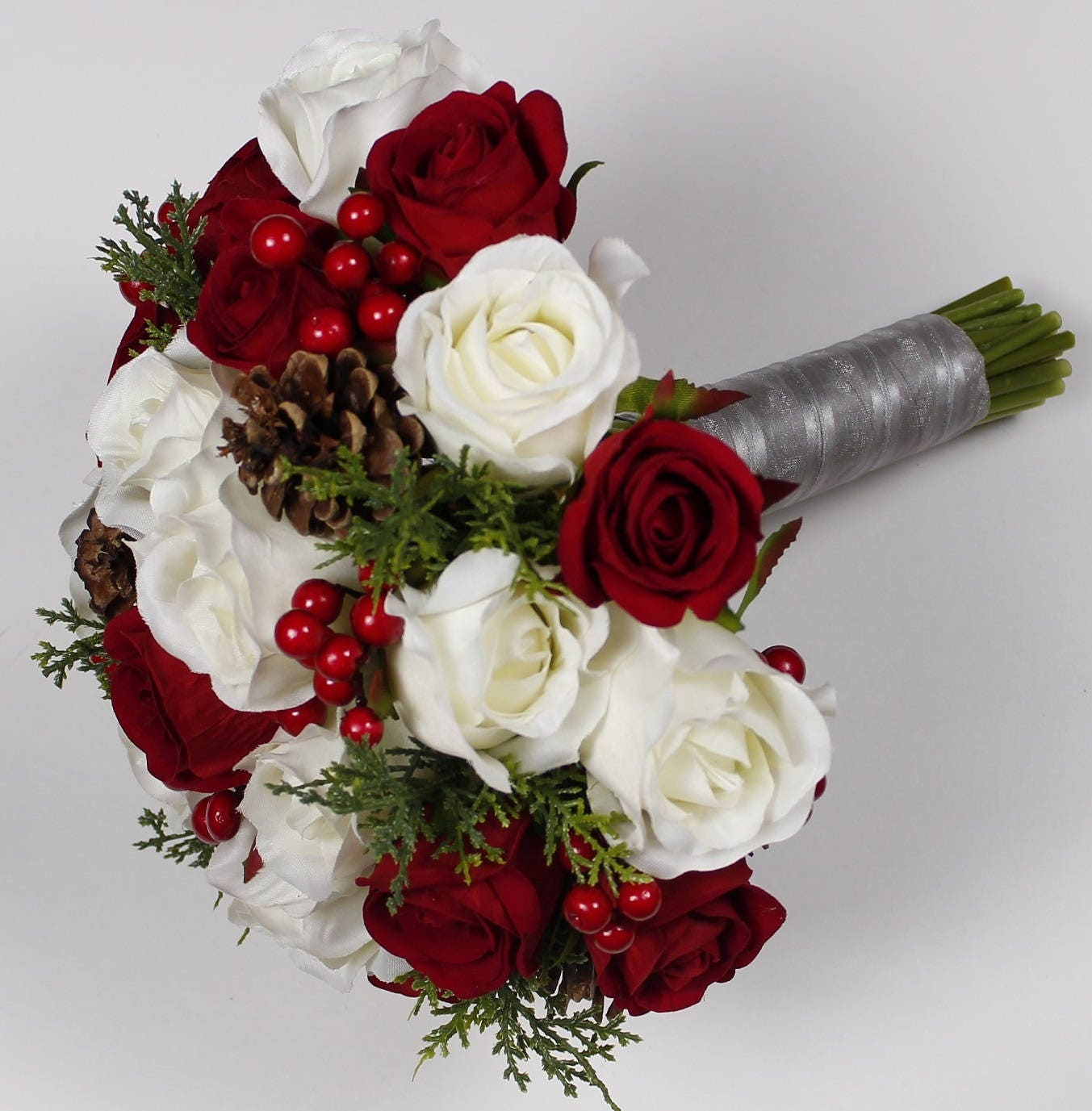 Christmas Wedding Flower Ideas: Christmas Wedding Bouquet Christmas Bridal Bouquet Red
