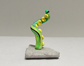 Marbled Standing Tentacle, Green/Yellow