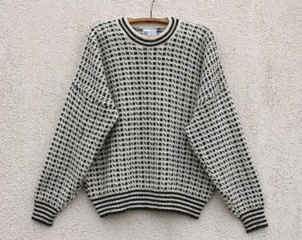 d71940ad826c65 Vintage Wool Scandinavian Sweater Men s Norway Ivory White Gray Houndstooth  Jumper Winter Nordic Sweater Men s Size Large