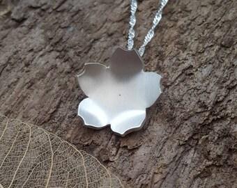 Handmade 925 Sterling silver cherry blossom flower pendant/necklace