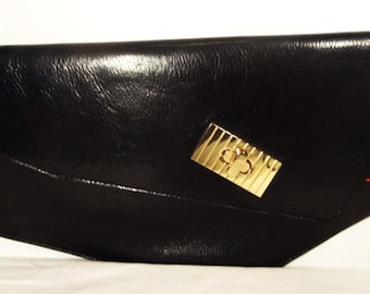 Shema Black Asymmetrical clutch