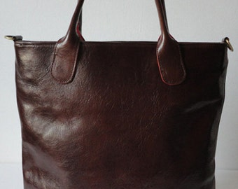 The Classic  Medium Tote